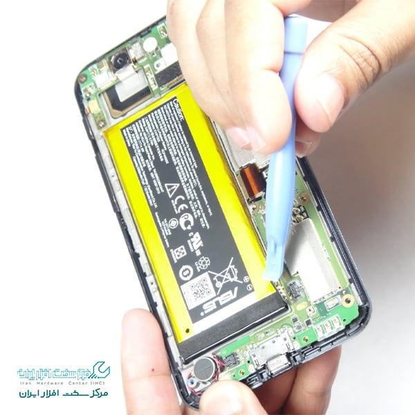 آموزش تعویض باتری گوشی ایسوس